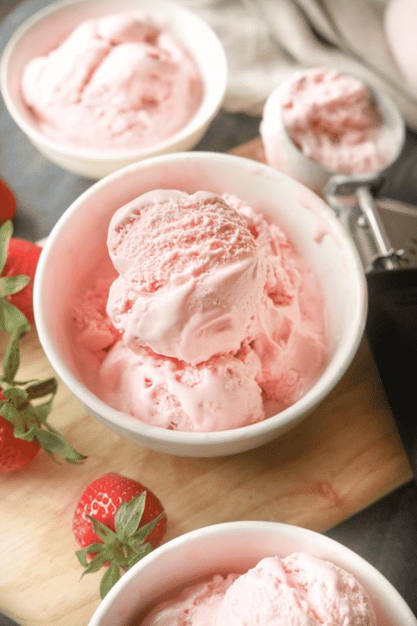 The Best Easy Keto Mason Jar Ice Cream Recipe - Low Carb Strawberry Ice Cream