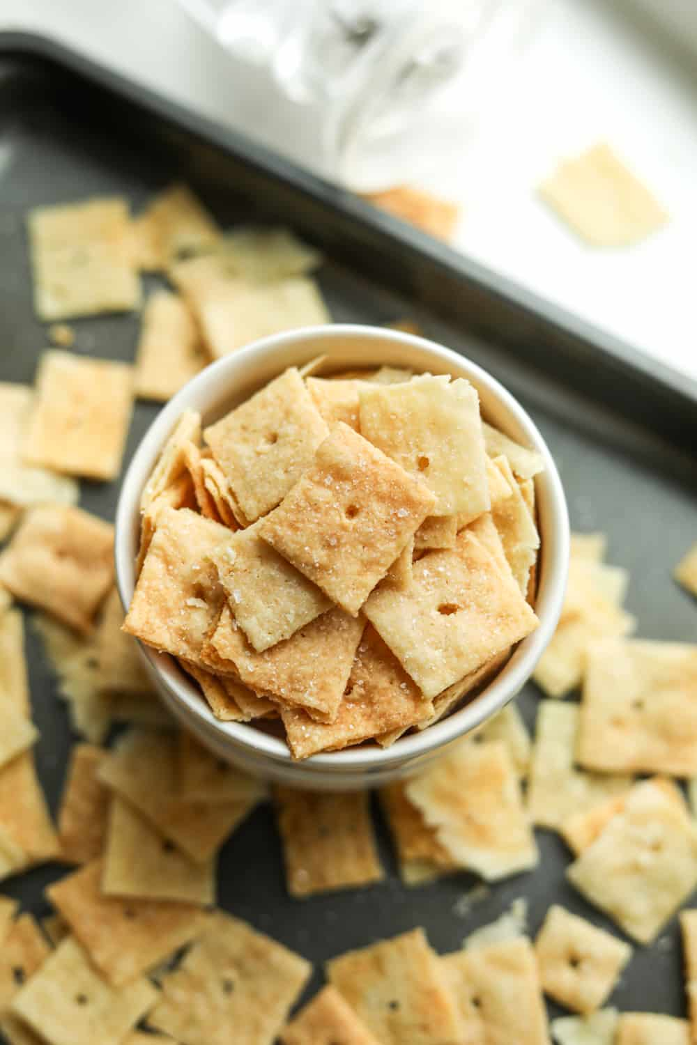 Keto cheese crackers in a bowl.