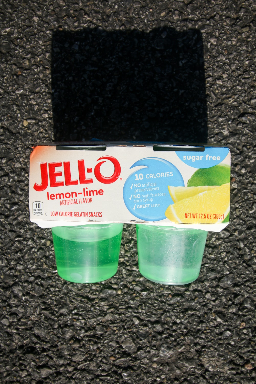 A package of 4 lemon lime sugar free Jello's.